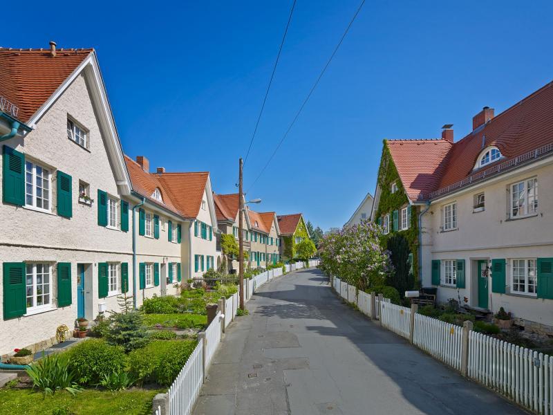 Garden City Hellerau, Dresden-Hellerau, Architect: Richard Riemerschmidt, 1906–11.