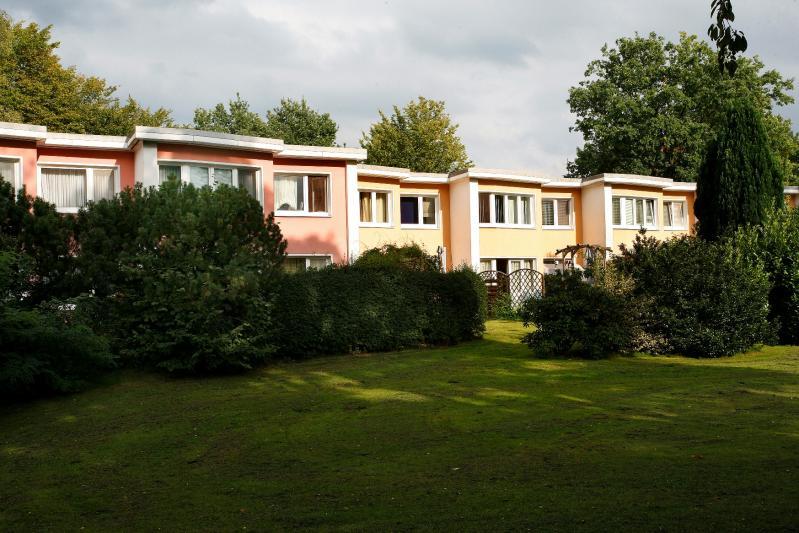 Hohnerkamp Housing Estate, Terraced House at Erbsenkamp 32 a-f, Hamburg.