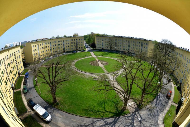 Siedlung Rundling, Leipzig: Siegfriedplatz 2