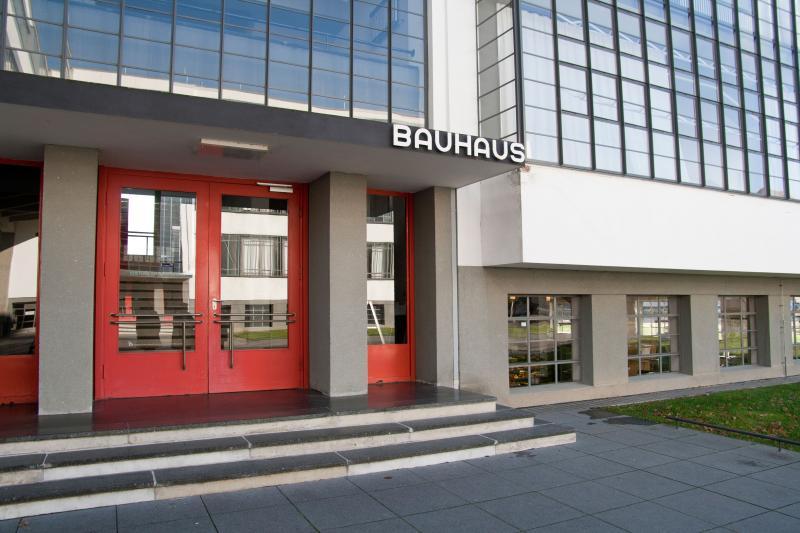 Bauhausgebäude, Dessau-Roßlau (Sachsen-Anhalt), Architekt: Walter Gropius, 1925-26.