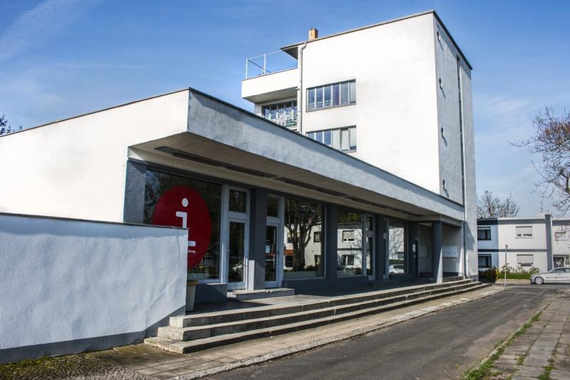 Konsumgebäude, Bauhaussiedlung Dessau-Törten (1928), Architekt: Walter Gropius, 2018