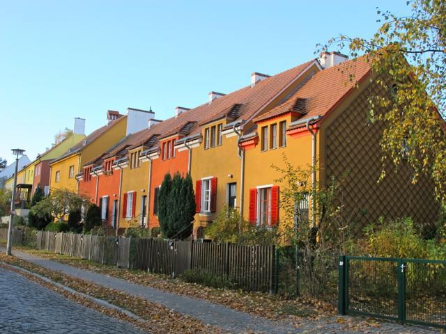 Gartenstadt Falkenberg (Tuschkastensiedlung), Reihenhäuser, Gartenstadtweg