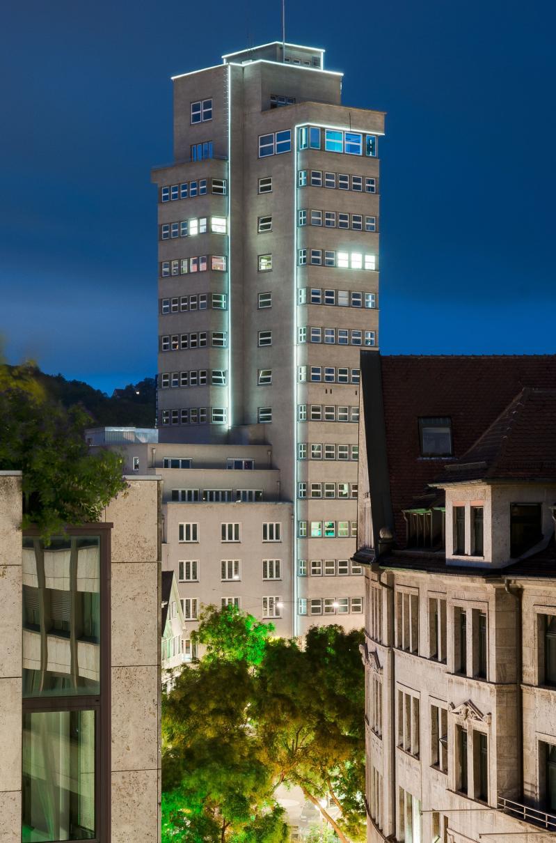 Tagblattturm Stuttgart: bei Nacht