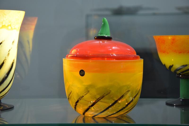 Glassworks, Amberg: Glass objects, Rosenthal company, Design: Nanny Still McKinney.