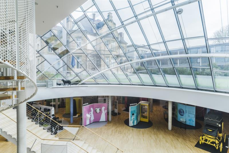 Museum für Kommunikation, Frankfurt/Main: Villa mit Lichthof