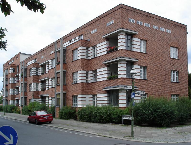 Siedlung Schillerpark, Berlin: Bristolsraße 1-5