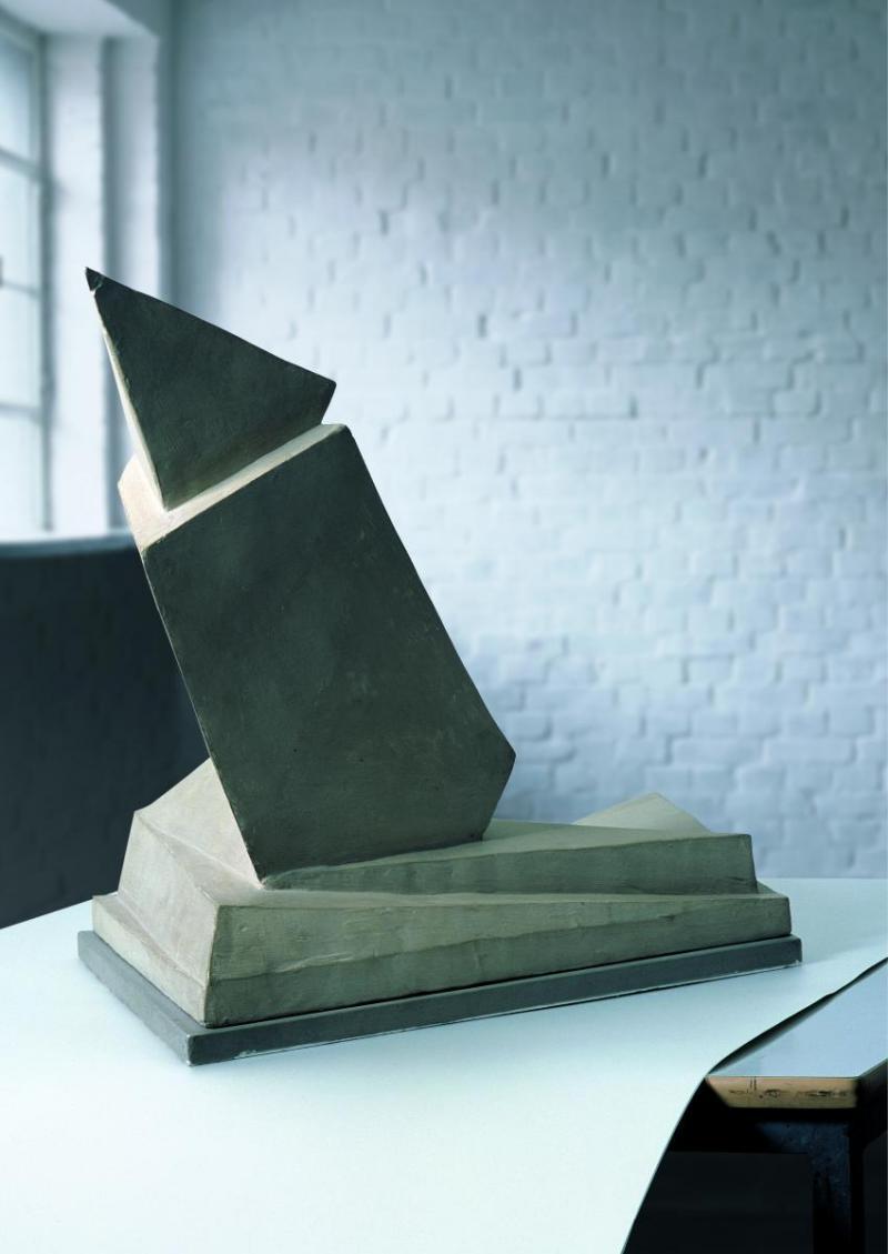 Abb. 2 Arbeitsmodell zum Denkmal der Märzgefallenen in Weimar, Walter Gropius, 1921.