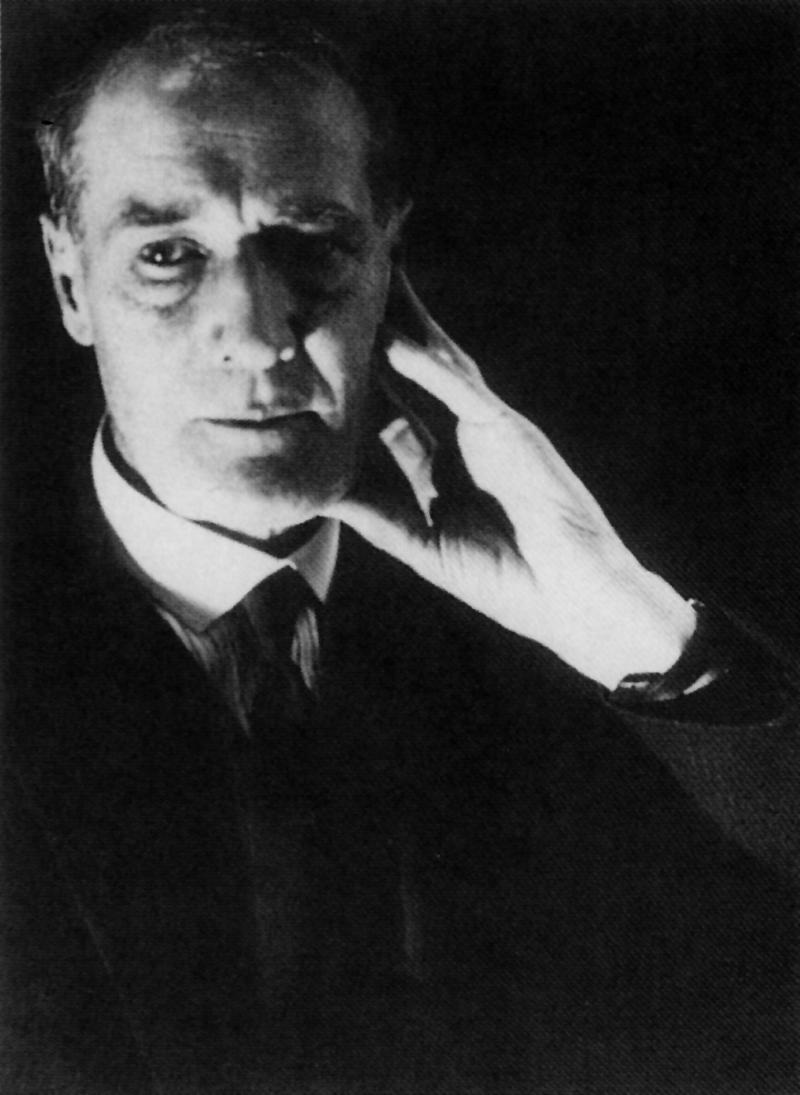 Portrait of Lyonel Feininger, Photo: Andreas Feininger, 1928.