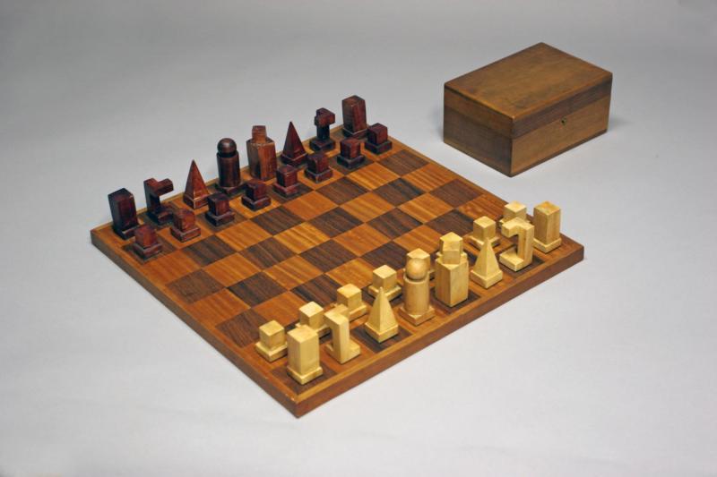 Bauhaus Chess Set (Model XVI), Author: Josef Hartwig, 1924.