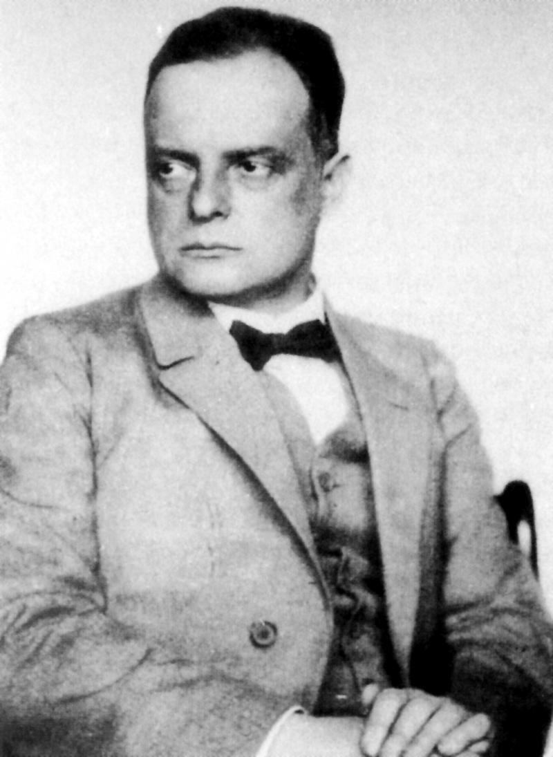 Portrait of Paul Klee, Photo: Hugo Erfurth, 1927.