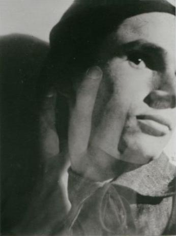 Porträt Moses Bahelfer (Portrait in Doppelbelichtung), Foto: Werner David Feist, 1928.