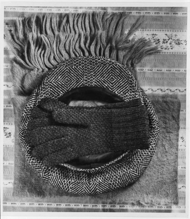 'Winter Help', Photo: Horacio Coppola, 1932, Reproduction.