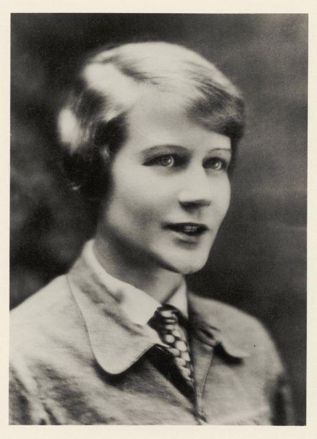 Portrait of Ilse Fehling, Photo: unknown, 1928.