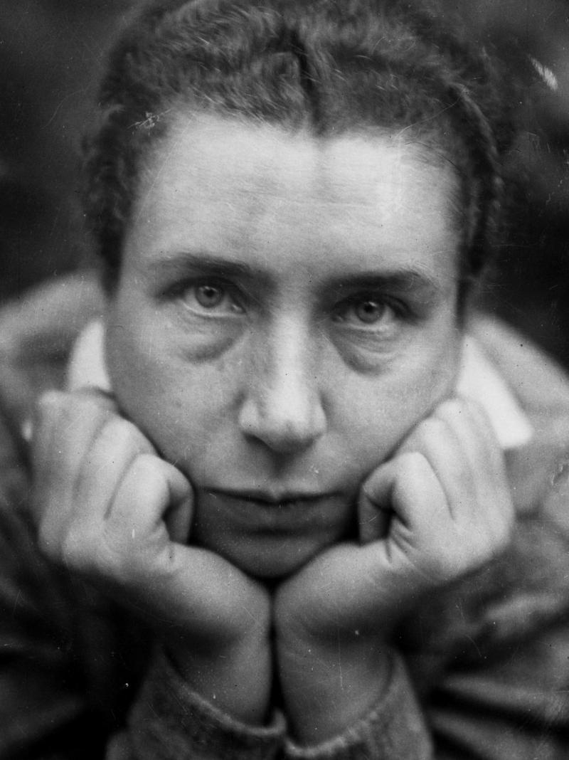 Self-portrait, Photo: Lucia Moholy, 1930.