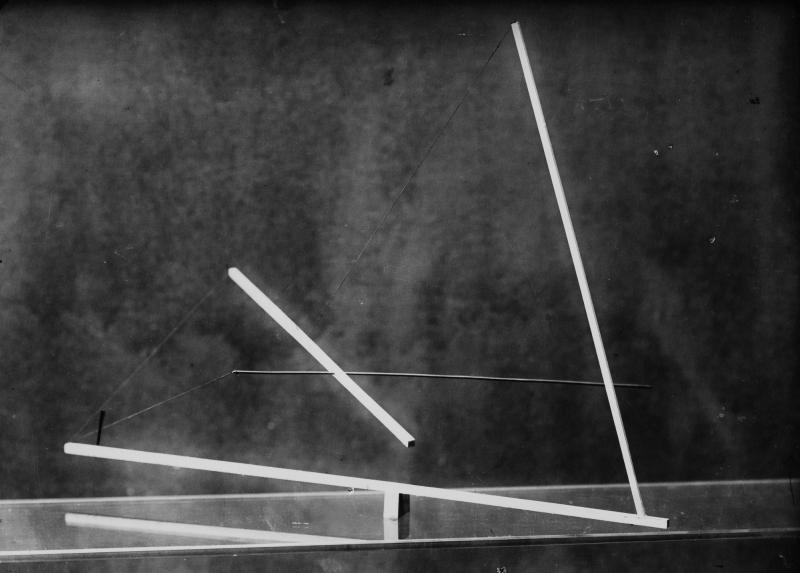 Photograph of a Study in Balance, from László Moholy-Nagy's Preliminary Course, Author: Johannes Zabel, Photo: Lucia Moholy, 1923/24.