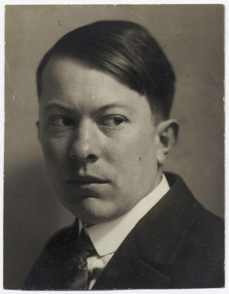 Portrait of Farkas Molnár, Bauhaus Weimar, Photo: unknown, 1921–1925.