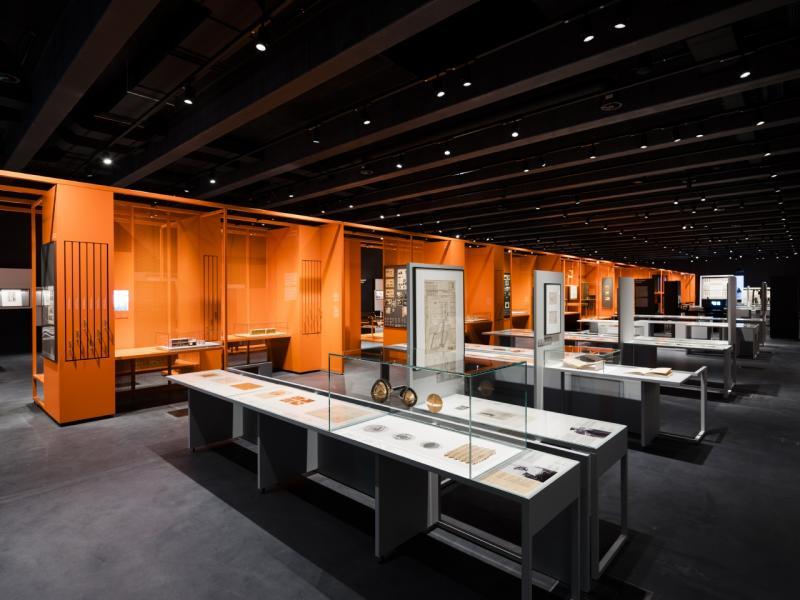 """Bauhaus Museum Dessau, Ausstellung """"Versuchsstätte Bauhaus. Die Sammlung"""", Dessau-Roßlau (Sachsen-Anhalt), Architekten: addenda architects, Foto: Thomas Meyer, 8.9.2019."""