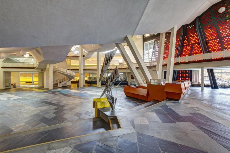 Philharmonie, Inside, Berlin-Tiergarten, Architect: Hans Scharoun, 1960–63.